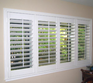 Faux Wood Blind Installation